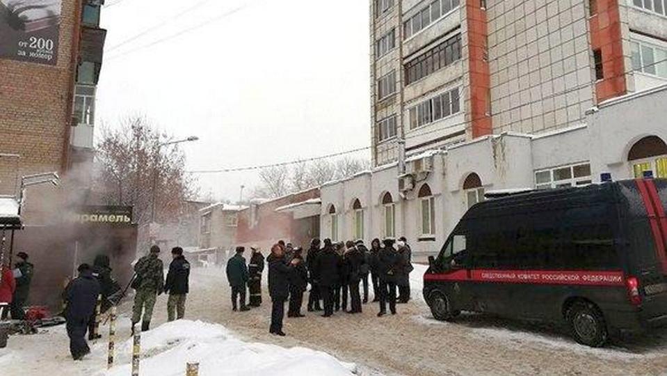 Пятеро погибли и шестеро пострадали при прорыве горячей трубы в хостеле в Перми