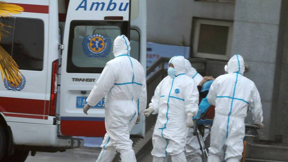Количество погибших от нового вида пневмонии в Китае достигло девяти