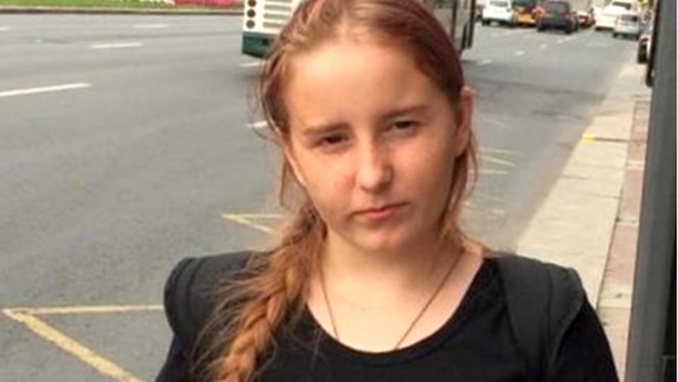 В Свердловской области третьи сутки ищут пропавшую 15-летнюю девочку