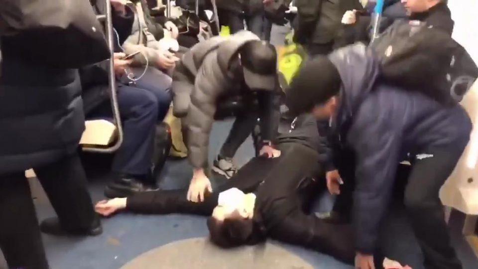 Участник пранка в метро про коронавирус отправлен в СИЗО