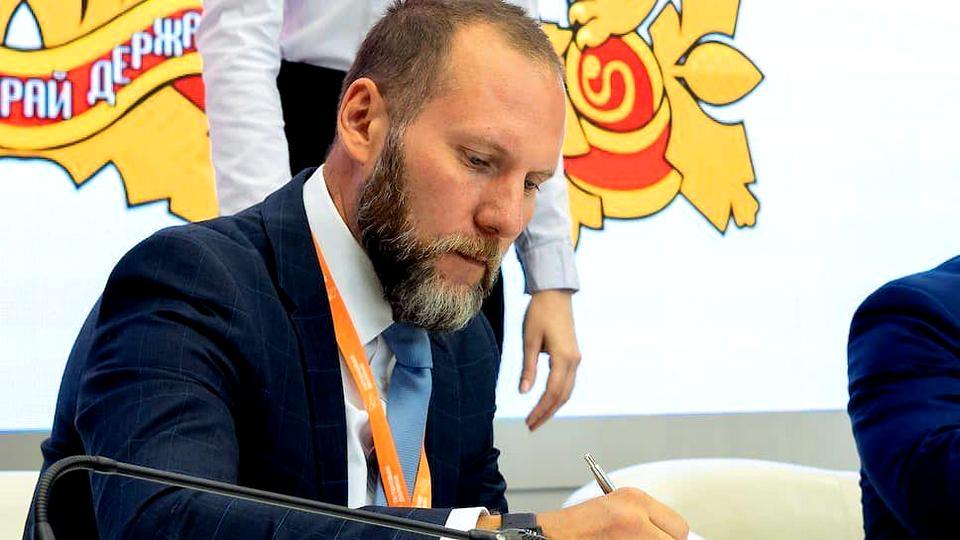 """Гендиректор """"Титановой долины"""" Артемий Кызласов задержан за взятку"""