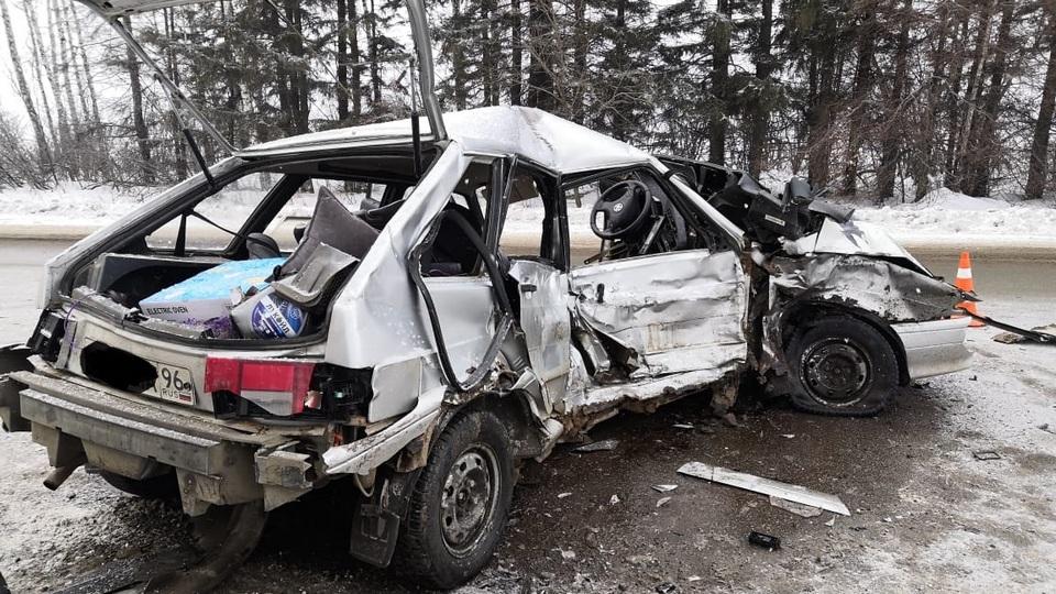 Один человек погиб, четверо пострадали в ДТП под Каменском-Уральским