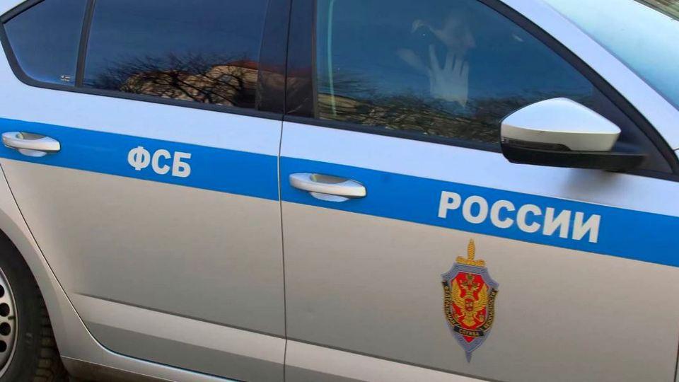 Двое подростков к маю готовили массовое убийство в школе Саратова