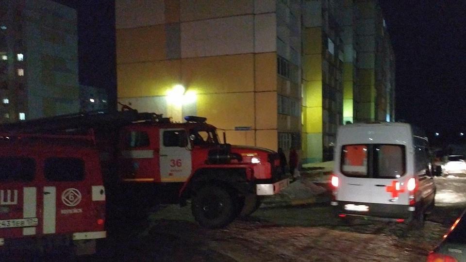 На Урале четырехлетняя девочка погибла, выпав из окна с девятого этажа