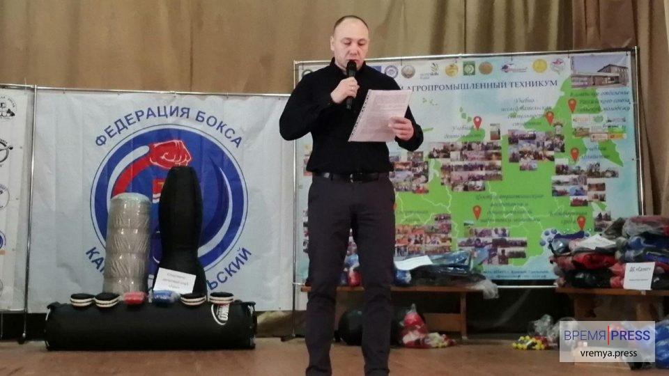 Боксерские клубы Каменска-Уральского оснастили новым спортинвентарем