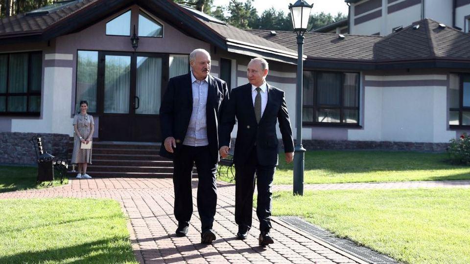 В преддверии переговоров Путина и Лукашенко в Сочи объявлено экстренное предупреждение о погоде