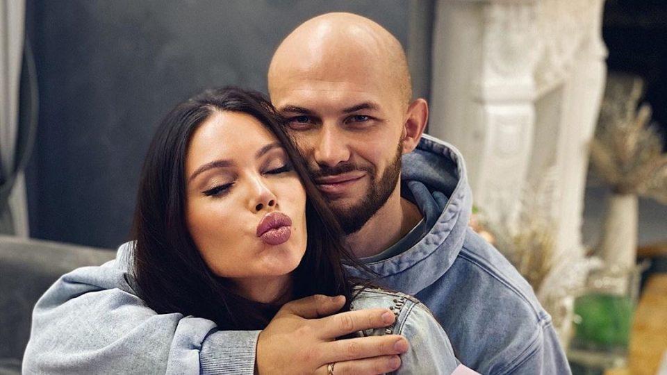 Оксана Самойлова заявила о разводе с Джиганом