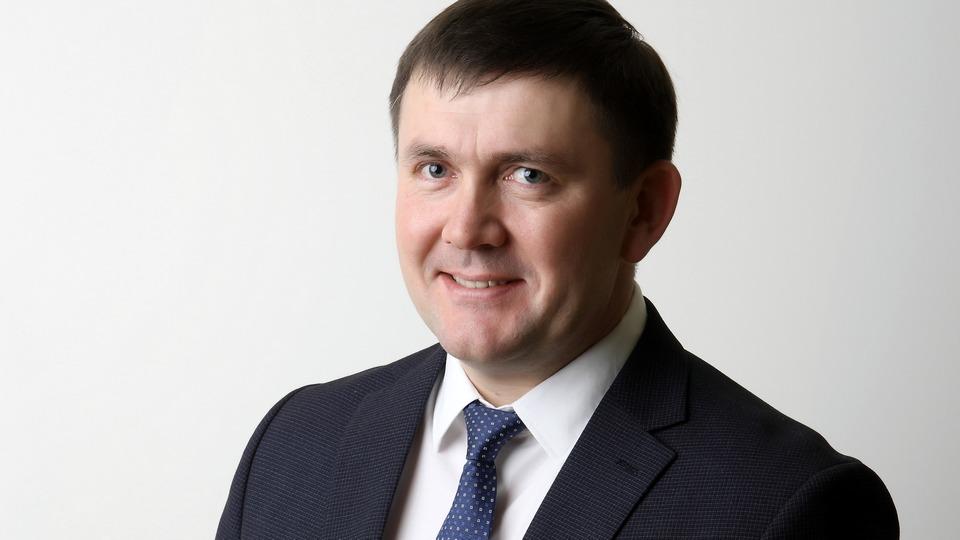 Глава города Алексей Шмыков поздравил женщин с 8 Марта
