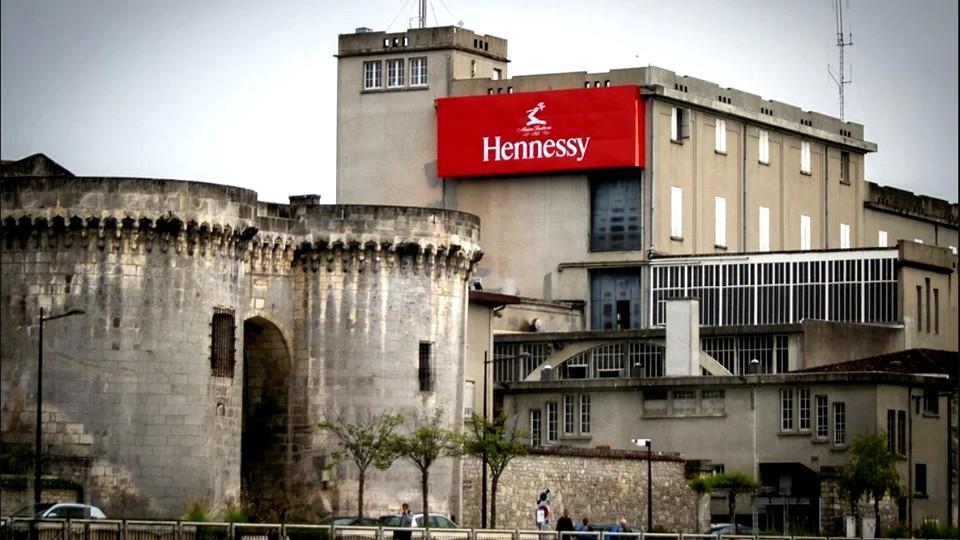 Hennessy будет производить антисептик