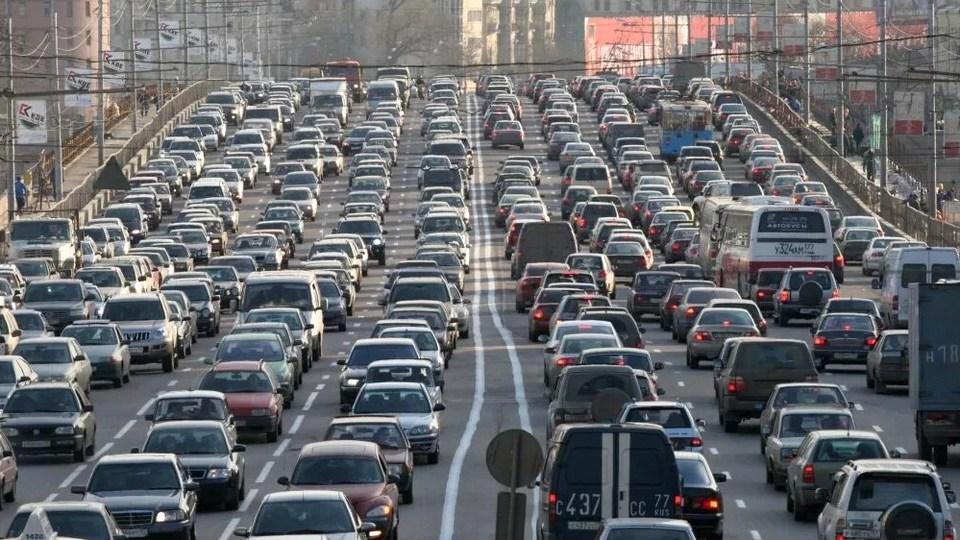ГИБДД начнет проверку спецпропусков всех въезжающих в Москву водителей