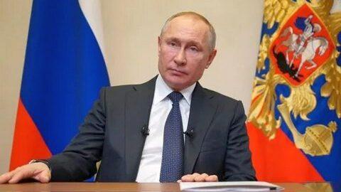 Опубликованы лучшие шутки Путина с 2000 года