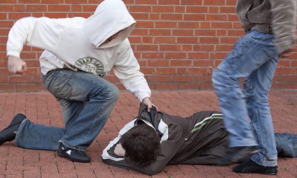 В Каменске-Уральском пострадавшим от нападения подростков начали поступать угрозы