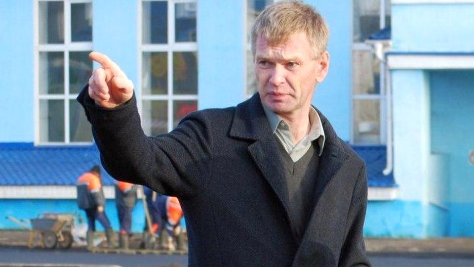 Мэр города Данилов и его жена погибли при пожаре в собственном доме