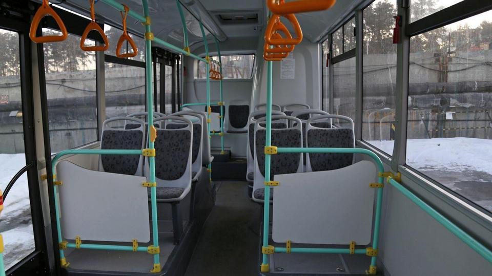 И вновь продолжается бой: в Екатеринбурге пассажир и кондуктор поругались из-за маски