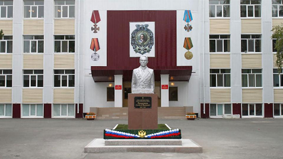 Тюменское высшее военно-инженерное командное училище закрыли на карантин из-за COVID-19