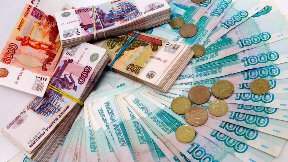 В России могут назначить трудовую пенсию врачам, борющимся с COVID-19