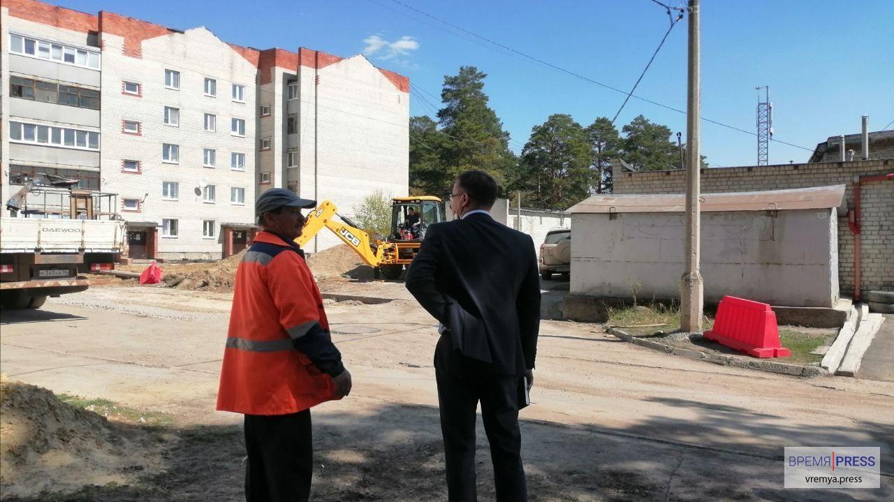 Новый зам Алексея Шмыкова осмотрел объекты благоустройства в первый рабочий день