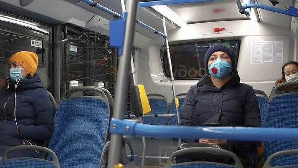 В Москве вводится обязательный режим масок и перчаток с 12 мая