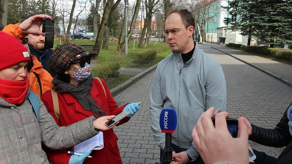 В России трое журналистов скончались и более 100 заболели COVID-19