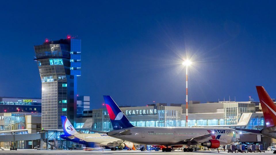 В июне увеличится число авиарейсов из Екатеринбурга в Анапу, Сочи и Симферополь