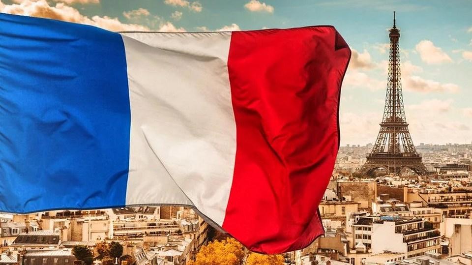 Франция открывает границы с 15 июня для туристов