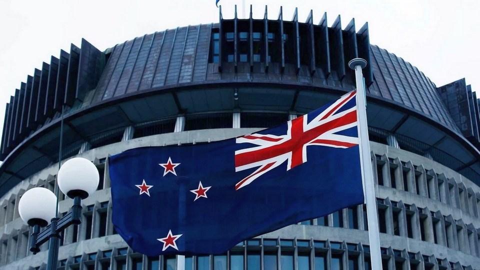Новая Зеландия стала первой в мире страной, отменив все ограничения по COVID-19