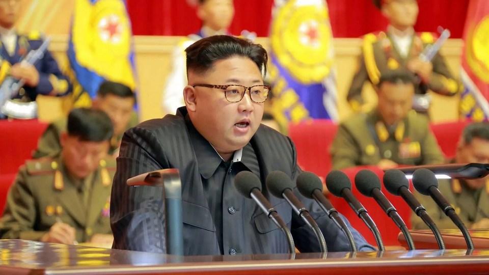 СМИ: лидер Северной Кореи Ким Чен Ын впал в кому