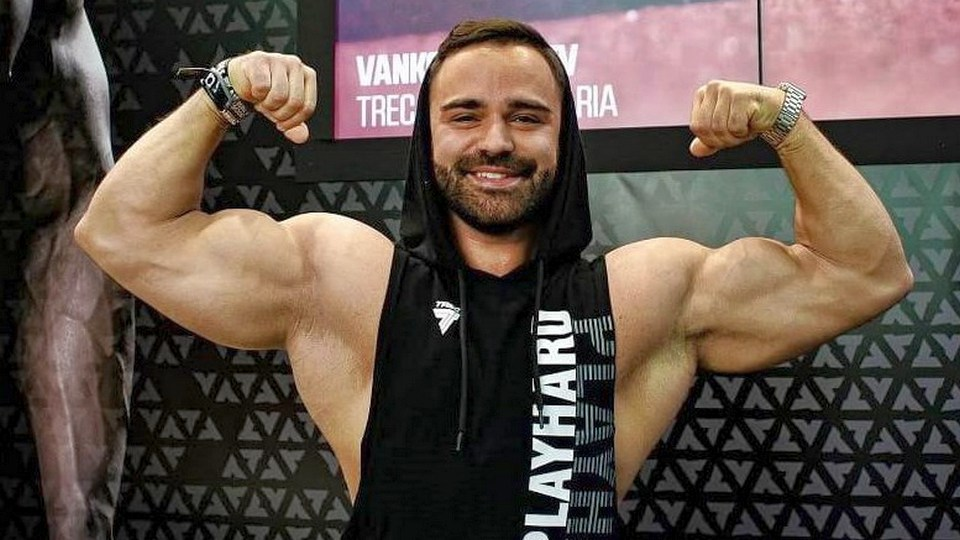 Бодибилдер Александр Крупнов задержан по подозрению в педофилии