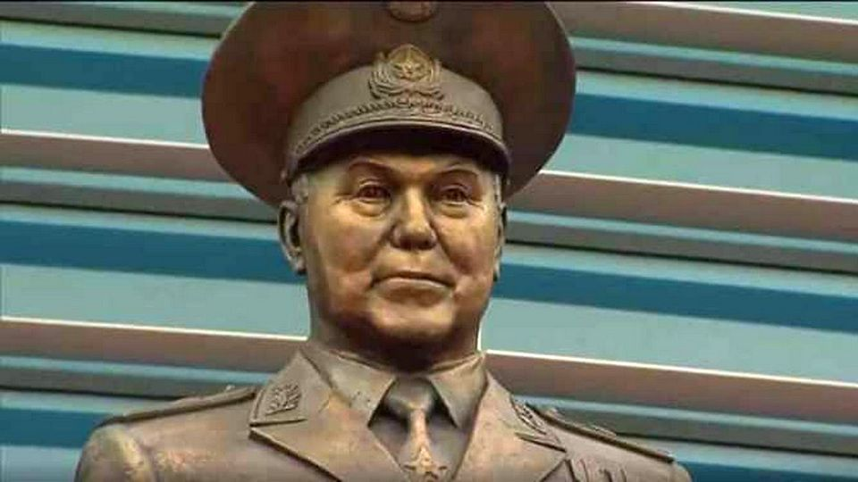Казахстан отмечает День столицы и 80-летие Назарбаева