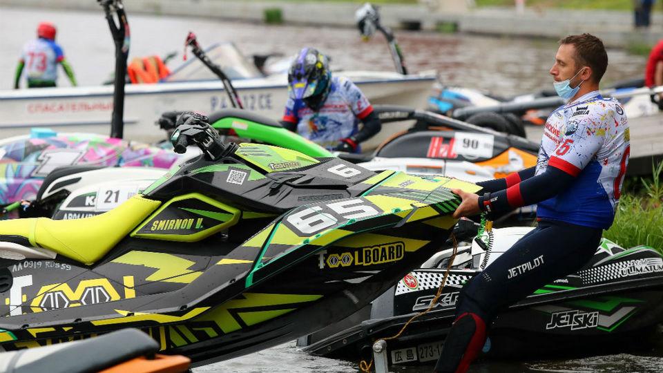 В Екатеринбурге прошли соревнования по аквабайку