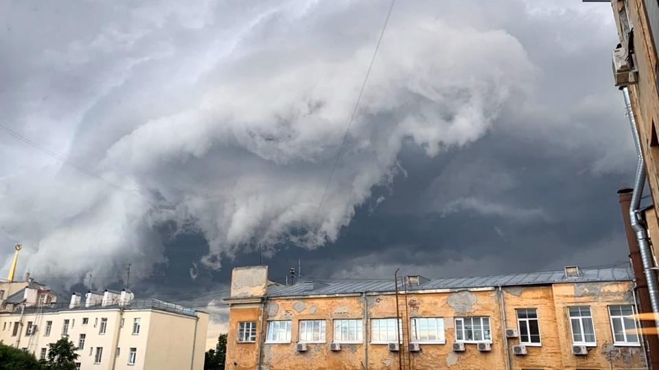 МЧС объявило штормовое предупреждение на 8 и 9 августа в Свердловской области