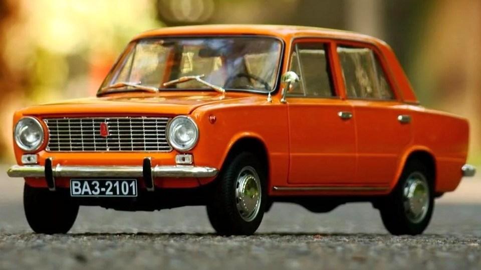 ВАЗ-2101 стал главным российским автомобилем по версии британского журнала Autocar