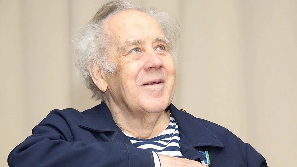 Писатель Владислав Крапивин скончался на 82-м году жизни