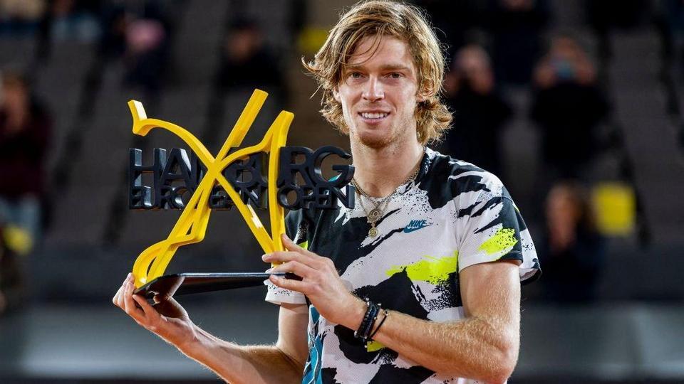 Россиянин Андрей Рублев стал победителем престижного теннисного турнира в Гамбурге