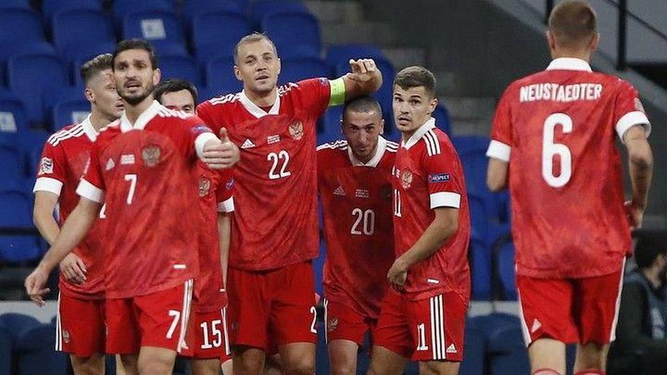 Сборная России по футболу победила Венгрию в матче Лиги наций