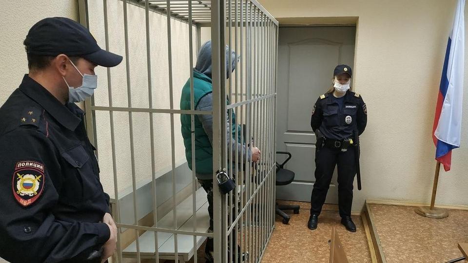 Суд отправил под арест бывшего сотрудника банка Кольцо Урала