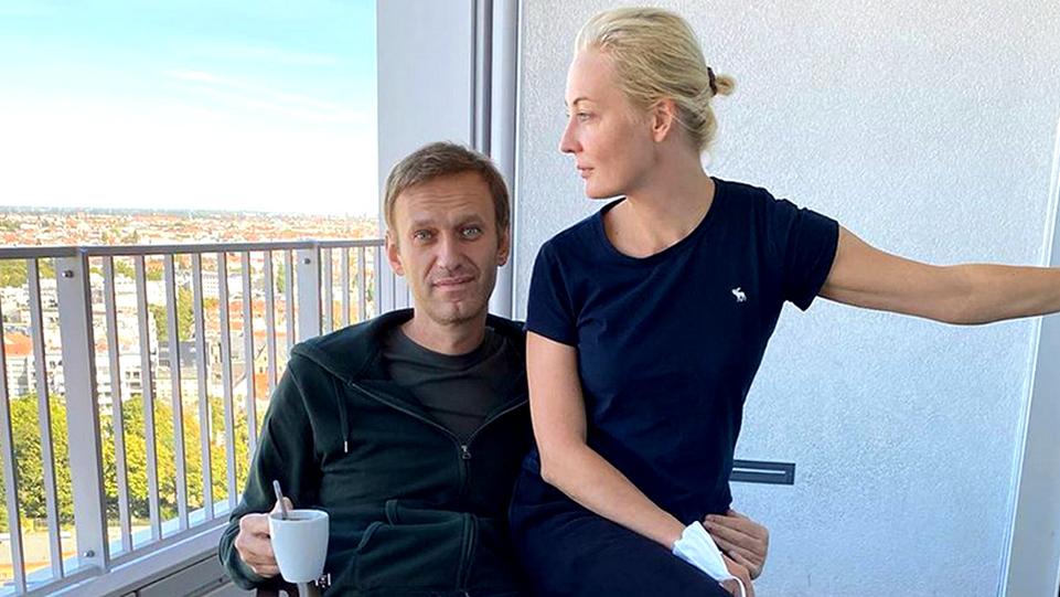 В Кремле прокомментировали требование Навального вернуть одежду