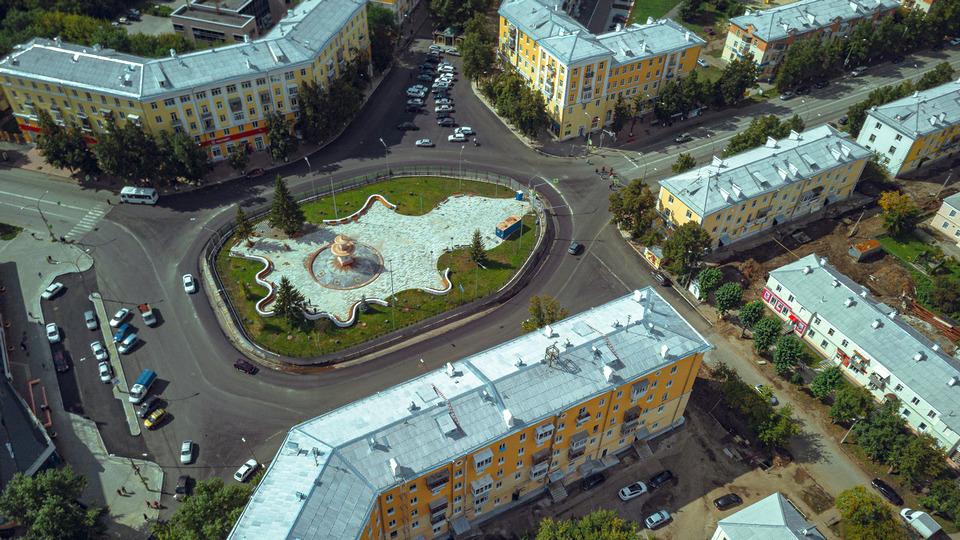 Фонтан на площади Горького будет работать по графику, а не круглосуточно