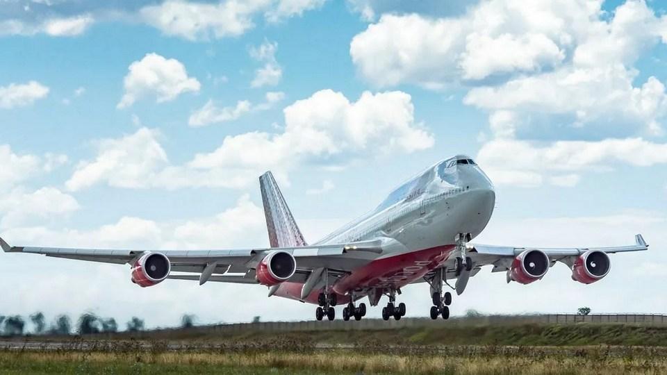 Киев наложил арест на 65 российских гражданских самолетов из-за полетов в Крым