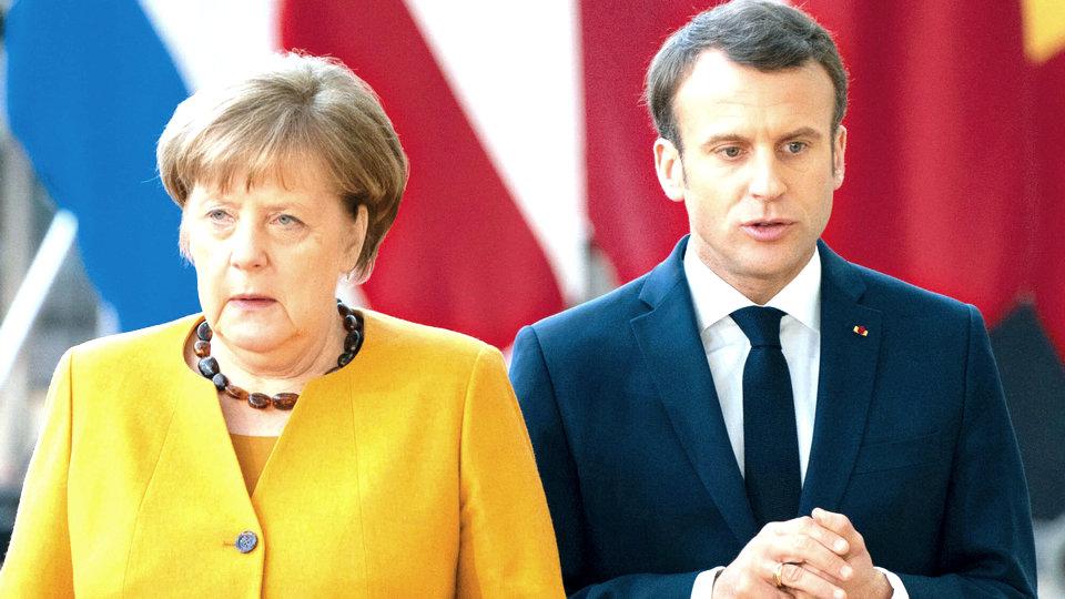 Франция и Германия объявили о новом жестком карантине из-за COVID