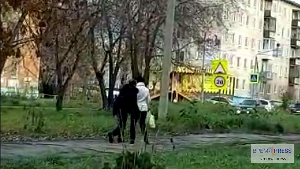 В Каменске-Уральском глава федерации бокса Ильдар Каримов спас женщину
