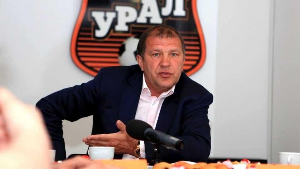 Президент Урала советовал Погребняку завершить карьеру