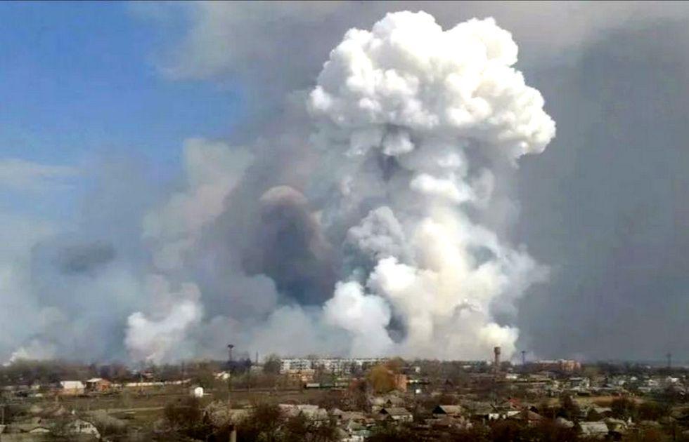 Военная прокуратура начала проверку пожара на военных складах в Рязанской области