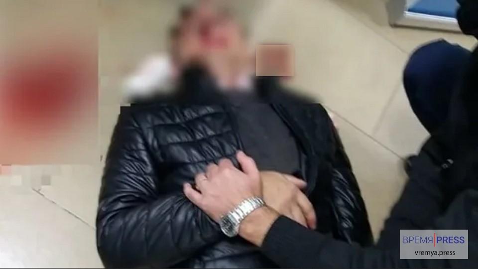 Волгоградцу проломили голову после перепалки в родительском чате