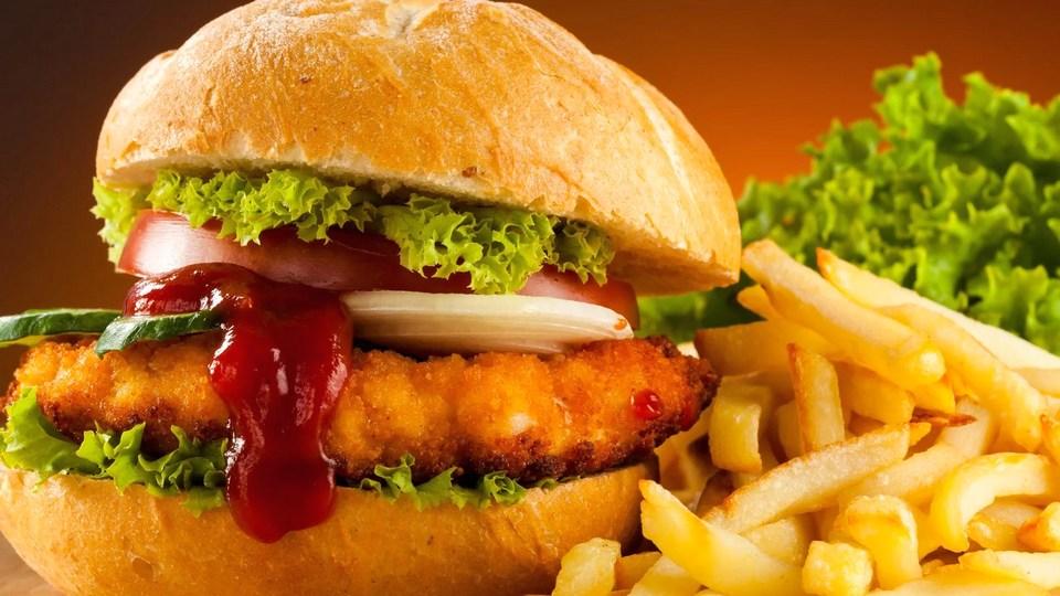 Люди с ожирением чаще умирают от коронавируса