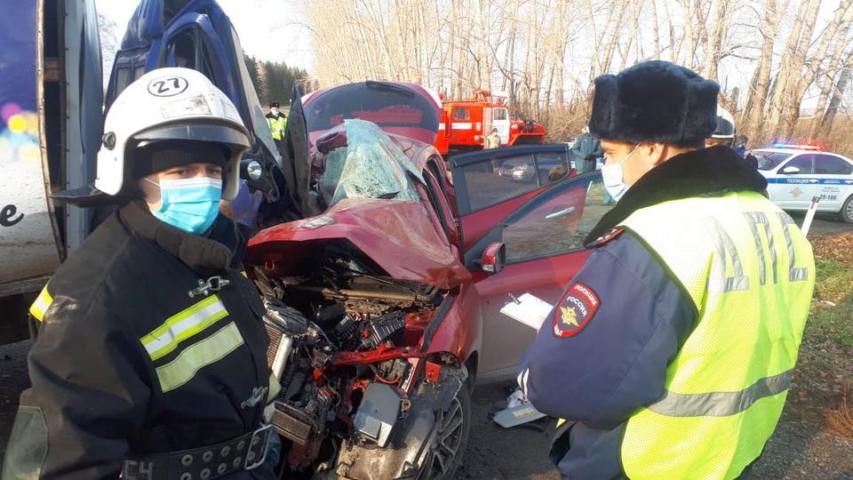 Жительница Кургана погибла в ДТП под Каменском-Уральским