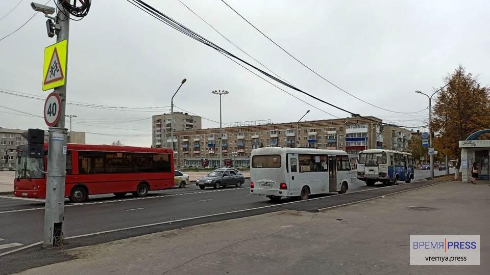 Минтранс Свердловской области планирует обязать установить защитные экраны и в автобусах