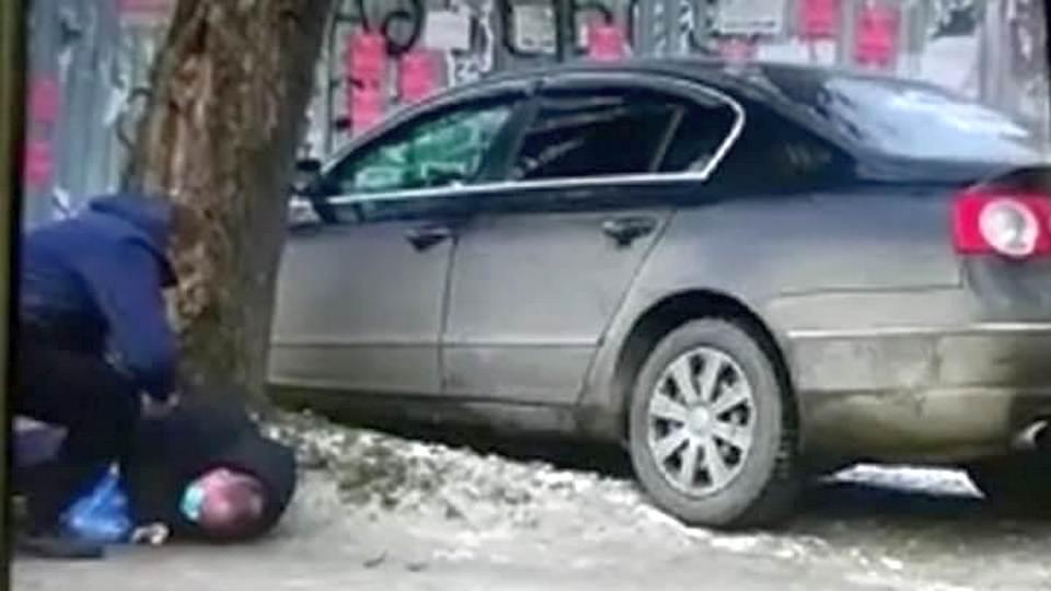 В Екатеринбурге на тротуаре сбили врача-эпидемиолога