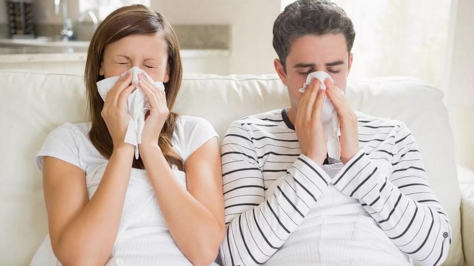 Врачи прокомментировали самые популярные мифы о лечении и профилактике гриппа