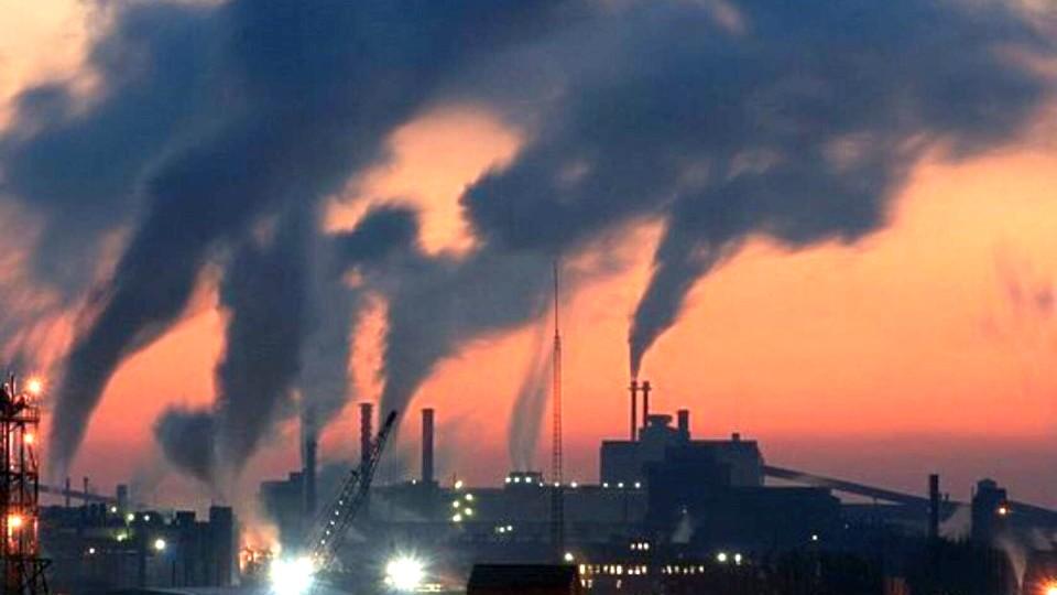 Синоптики ввели режим черного неба в Красноярске